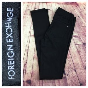 💸Foreign Exchange black skinny pants in size XS